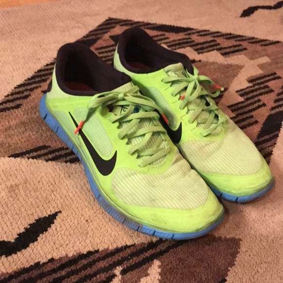 ab55c5d910623 Nike Running Competitor Free 4.0 V3